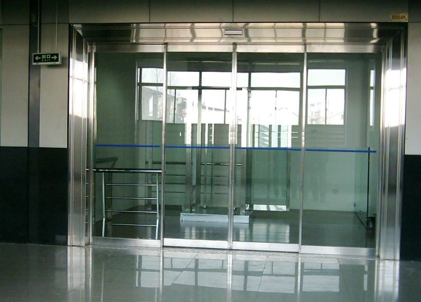 张家港玻璃感应门厂家